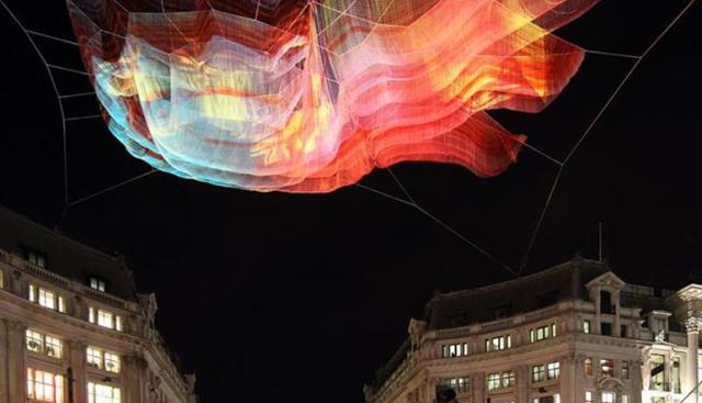 janet-echelman-suspends-net-sculpture-above-londons-oxford-circus-2